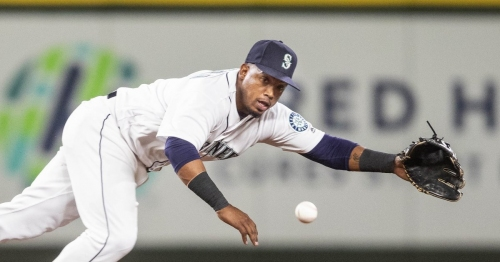 Tigers find a way in eighth, ruin night for Mariners