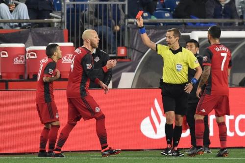 Did Sebastian Giovinco actually deserve a red card?
