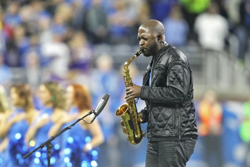 You can audition to sing national anthem for Detroit Lions
