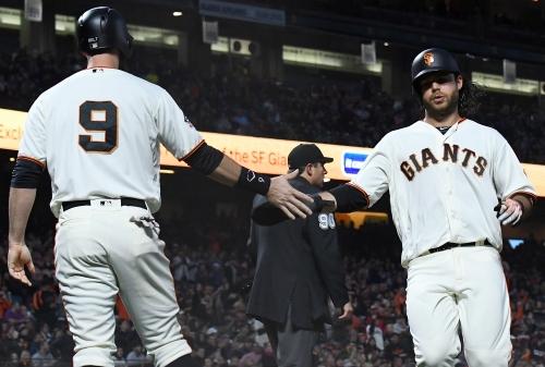 Brandon Belt hears from Major League Baseball after critical comments