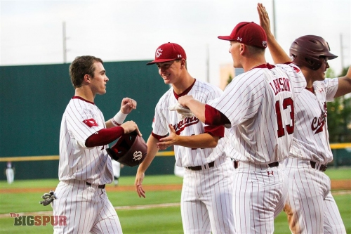 #23 Gamecocks Beat Aggies 5-3, Even Series