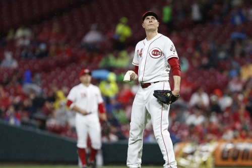 Homer allows no homers, still gets rocked as Reds lose 8-1 to Cubs