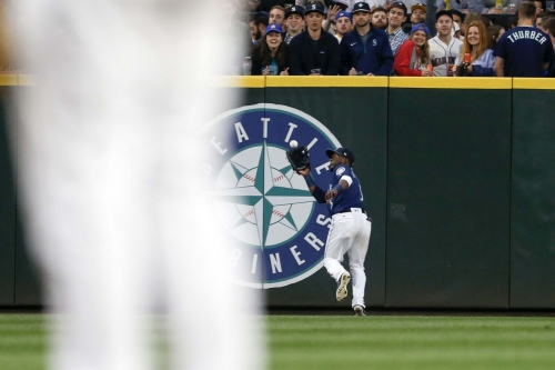 Mariners Have Startling Moment of Self-Actualization, Win Ballgame