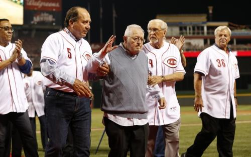 Reds Hall of Famers Joe Morgan, Johnny Bench help dedicate field to Bernie Stowe