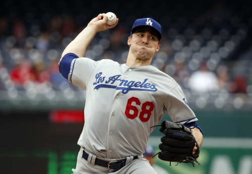 Ross Stripling strikes out 9 as Dodgers beat Nationals in first game of doubleheader