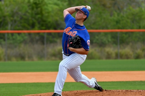 Mets call up Chris Flexen and Tomás Nido