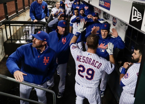 NY Mets rally in 9th on Flores sac fly to win first set of back to back game in a month
