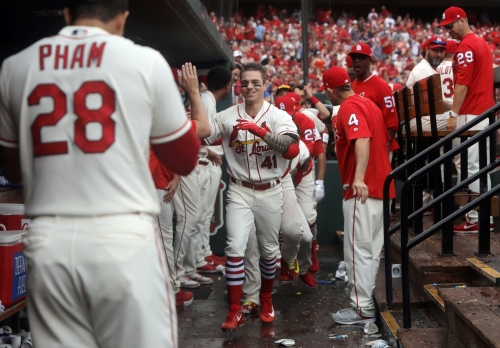 O'Neill earns first curtain call with homer
