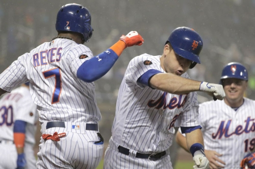 Mets finally win back-to-back games again after big comeback