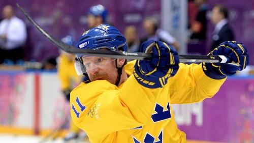 IIHF Hall of Fame inductee Daniel Alfredsson 'happy' in retirement