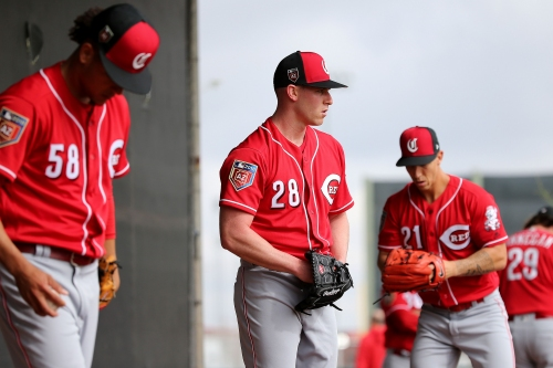 Anthony DeSclafani on track to join the Cincinnati Reds rotation near end of May