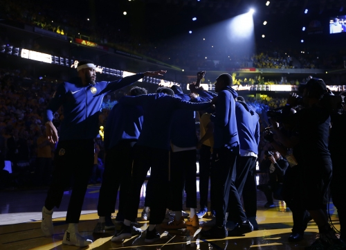 Live playoff updates: Warriors vs. Rockets, Game 3 on Sunday