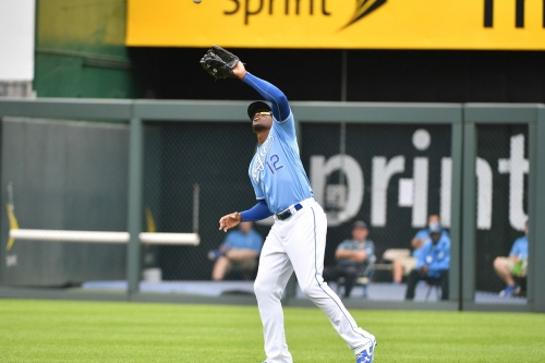 Royals blown out to drop series to Yankees, 10-1