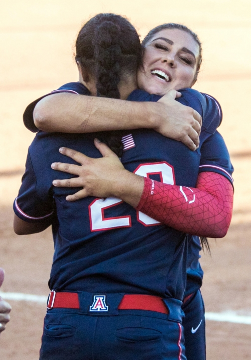 Taylor McQuillin slams door as Arizona Wildcats softball team advances to Super Regionals
