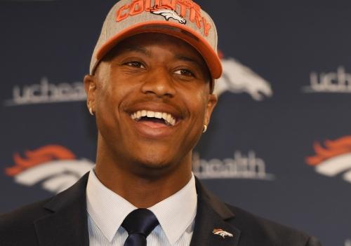 """Denver Broncos' Vance Joseph: """"Every player gets equal reps"""" at OTAs"""
