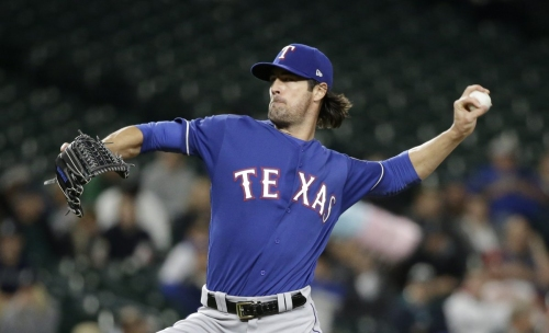 Cole Hamels, potential Yankees target, wants to pitch in playoffs