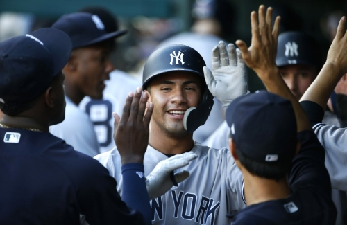 Yankees, led by Gleyber Torres, tee-off on Rangers in 10-5 win
