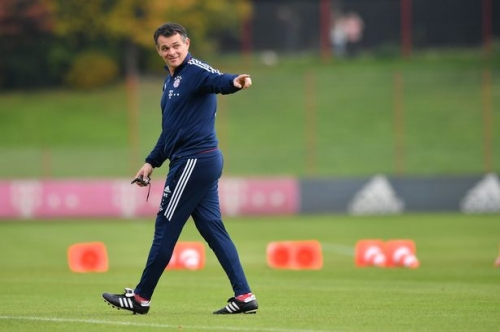 Former Bayern Munich assistant Willy Sagnol set for talks with Swansea City - reports