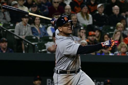 Links: Miguel Cabrera is taking batting practice again
