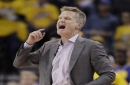 Steve Kerr honored for excellence on court, cooperation with media