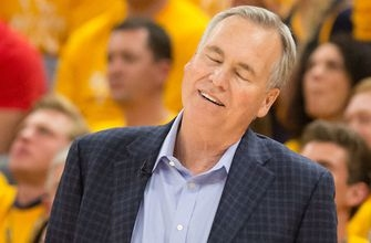 Cris Carter unveils why he has an issue with Houston Rockets head coach Mike D'Antoni