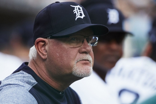 """Tuesday Twins: Gardenhire wants to """"whip butts"""", uses Kelly Clarkson ringtone"""