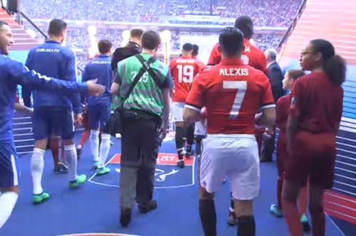 Manchester United players made Eden Hazard laugh in Wembley tunnel