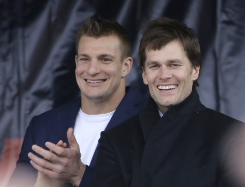 Tom Brady, Rob Gronkowski are working out in Foxborough, but not at New England Patriots OTAs (Report)