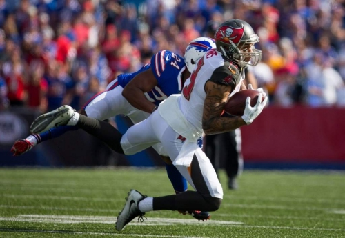 Bucs' Mike Evans: Yards after catch must improve in 2018