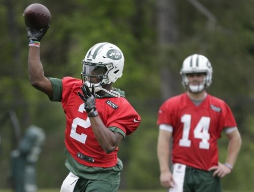 Teddy Bridgewater looks sharp on first day of Jets OTAs