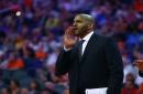 Suns hire Corliss Williamson as assistant coach, interview Mike Woodson