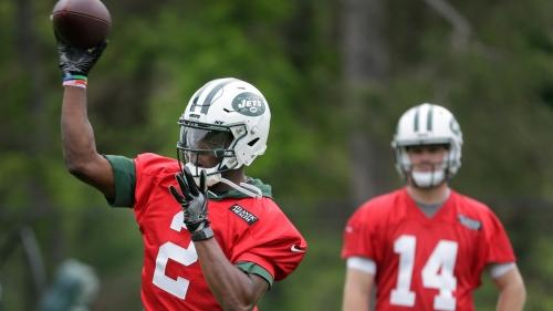 Teddy Bridgewater looks sharp, healthy in practice with Jets