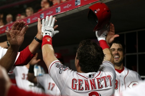 Scooter Gennett hits grand slam, backs Matt Harvey in Reds win over Pirates