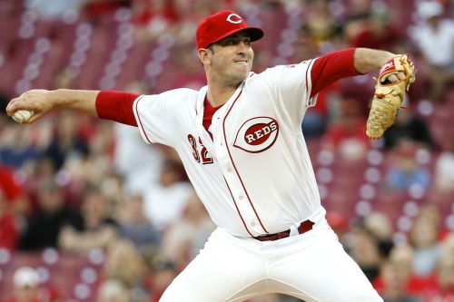 Matt Harvey making most of 2nd chance, picks up 1st Reds win