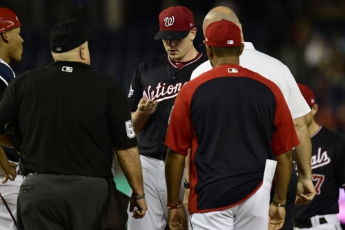 Nationals' Jeremy Hellickson leaves start vs Padres with blister on his finger...