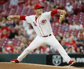 Gennett's slam helps Harvey gets 1st Reds win, 7-2 over Bucs