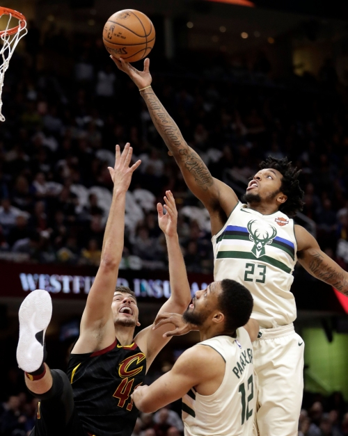 Milwaukee police chief: Cops acted inappropriately in Bucks rookie Sterling Brown's arrest, tasing