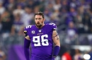 Brian Robison takes hefty pay cut to come back to the Vikings