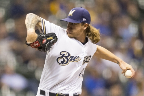 Mets visit first-place Brewers in Milwaukee