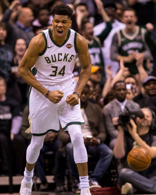 Giannis Antetokounmpo named to all-NBA second team for second straight season