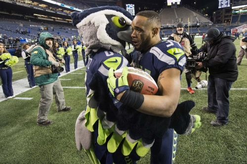 6 starters remain from 2015 Seahawks playoff team
