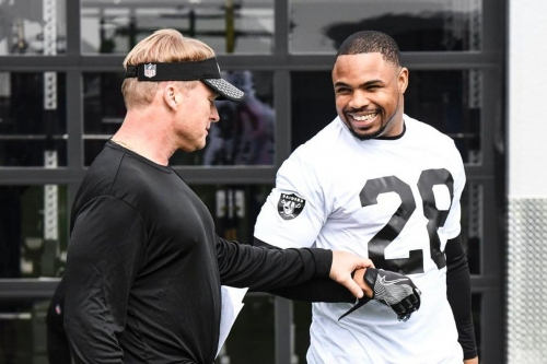 Doug Martin has 'looked great', is strong favorite to share backfield with Marshawn