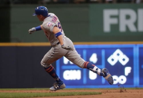 Mets' Brandon Nimmo is on a tear, reaching base eight times straight