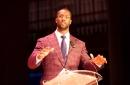 Bengals DE Michael Johnson delivers passionate keynote speech at high school graduation