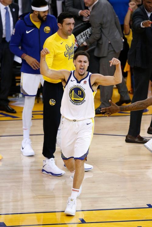 Klay Thompson saves Warriors' season with familiar Game 6 heroics