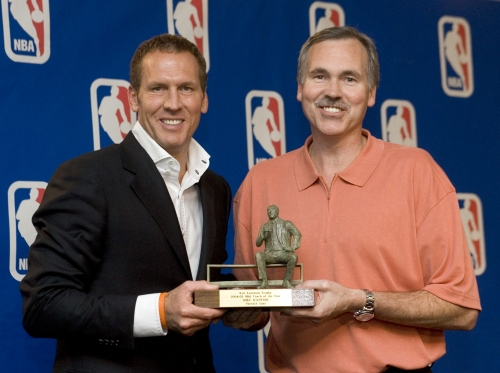 Twitter reacts to story on former Suns GM Bryan Colangelo's possible burner accounts