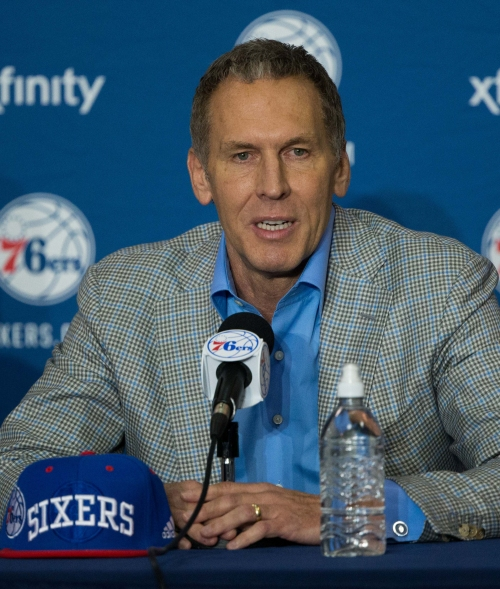 Wife of 76ers' executive Bryan Colangelo could be behind Twitter accounts