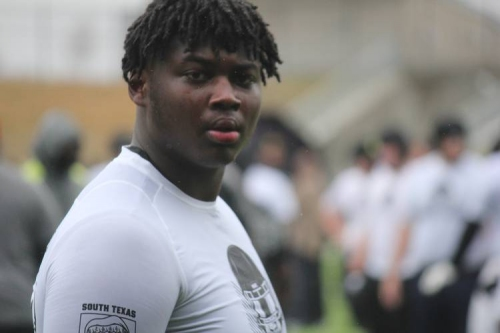 Five-star offensive linemen Kenyon Green chooses Texas A&M