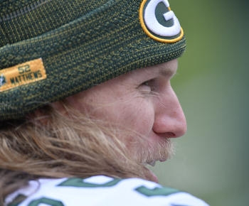 Packers' Matthews needs surgery after line drive hits nose