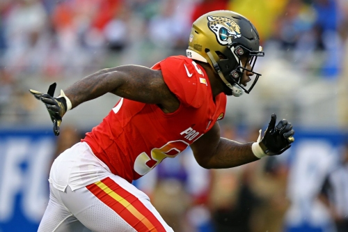 Wash uses Ngakoue's chip to motivate him